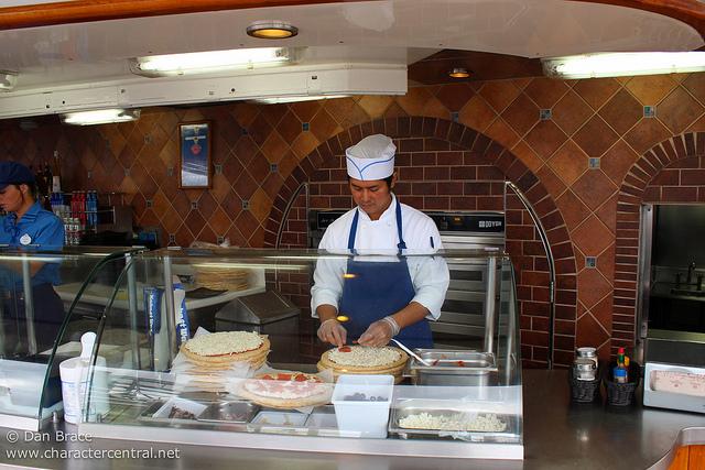 pinocchio u0026 39 s pizzeria on disney magic