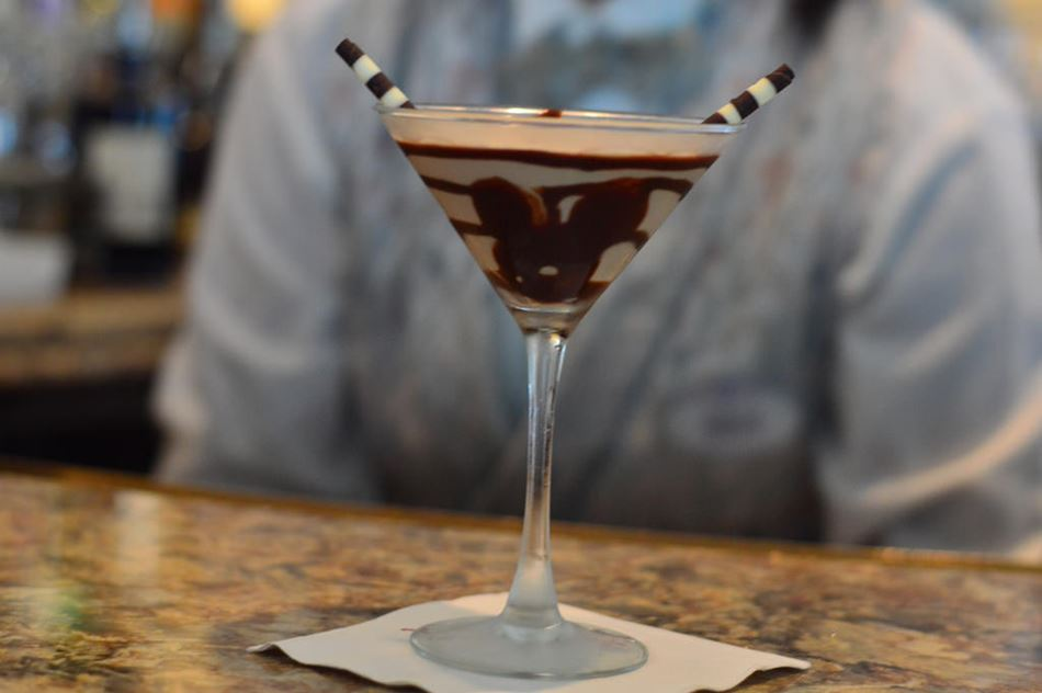 Orl249 03mizners chocolate martini2
