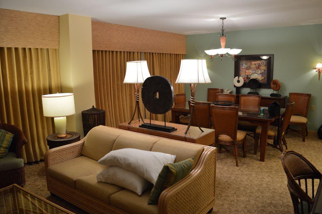 Loews Royal Pacific Resort : RPR15 from touringplans.com size 1024 x 681 jpeg 93kB