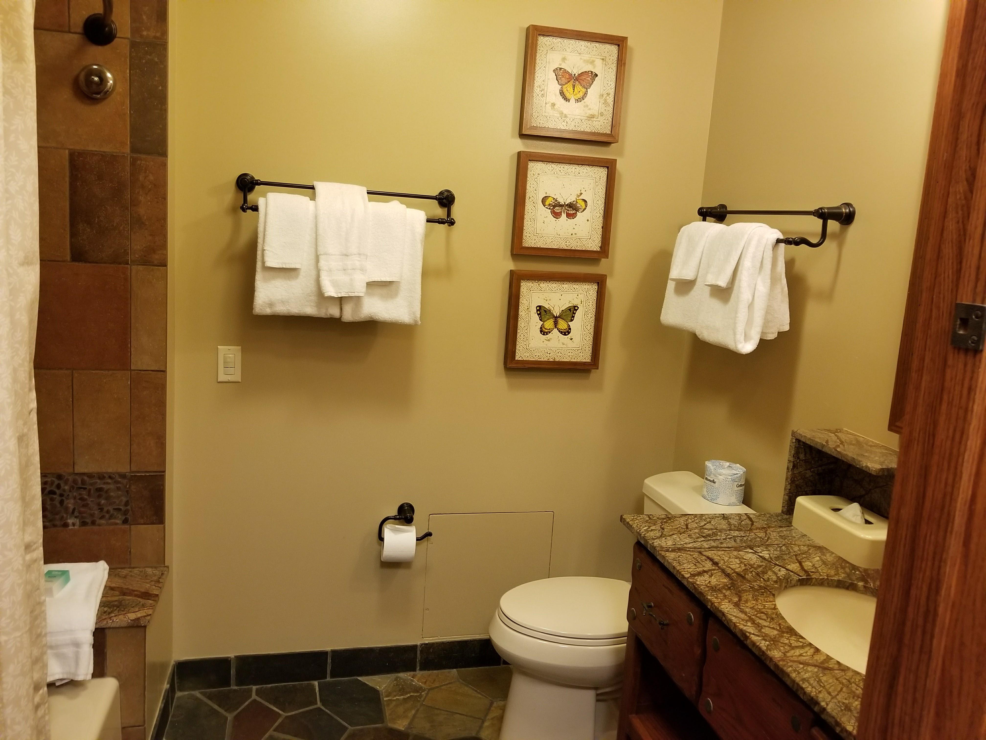 The Treehouse Villas Bathrooms
